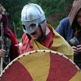 Serien Vikings flyttar in på Vikingaliv