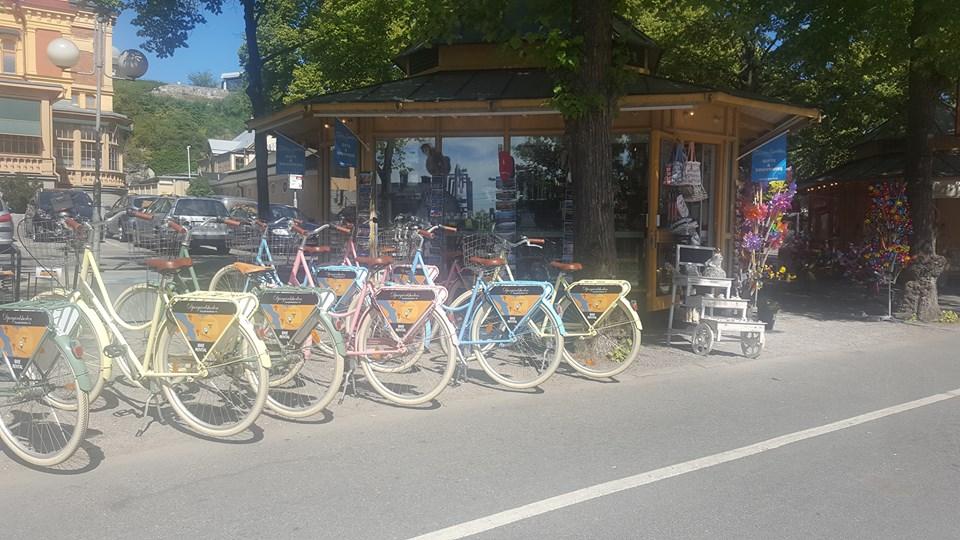 Hyr en cykel hos Djurgårdsboden på Djurgården