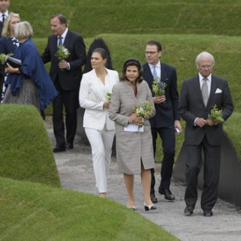 Minnesvård efter flodvågskatastrofen 2004 invigt på Djurgården