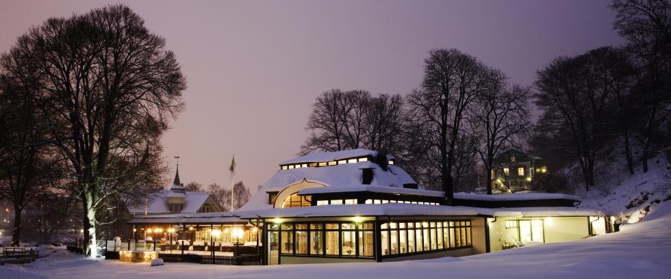 Snöigt Djurgården, Wärdshuset Ulla Winbladh sett utifrån